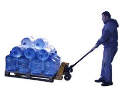 Как выбрать поставщика воды в офис? Качество ли только сервиса превыше всего?